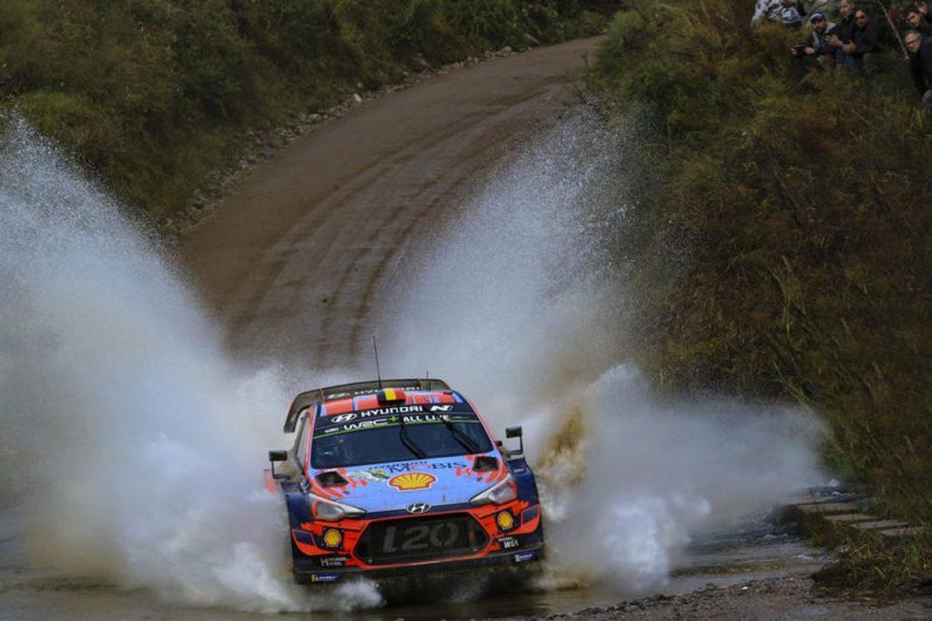 WRC | Rally Argentina, in fuga Neuville e Tanak. Ritiri eccellenti [VIDEO]