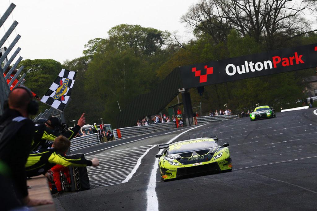British GT | Vittoria al primo colpo per Lamborghini in Gara 2 a Oulton Park