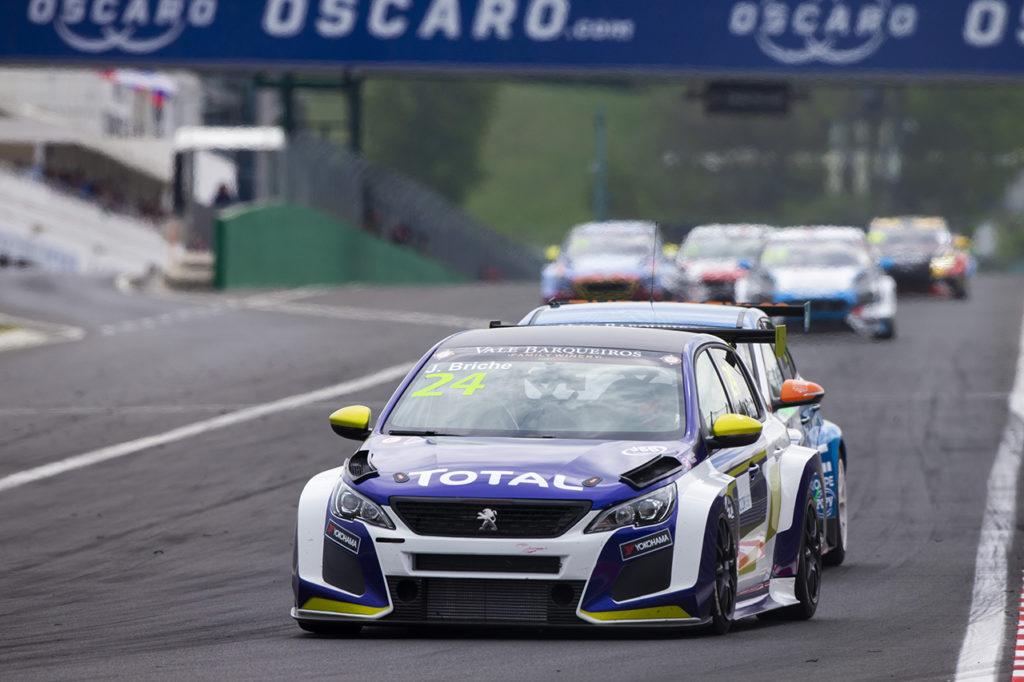 TCR Europe | Hungaroring, Gara 2: Briche porta al successo la Peugeot