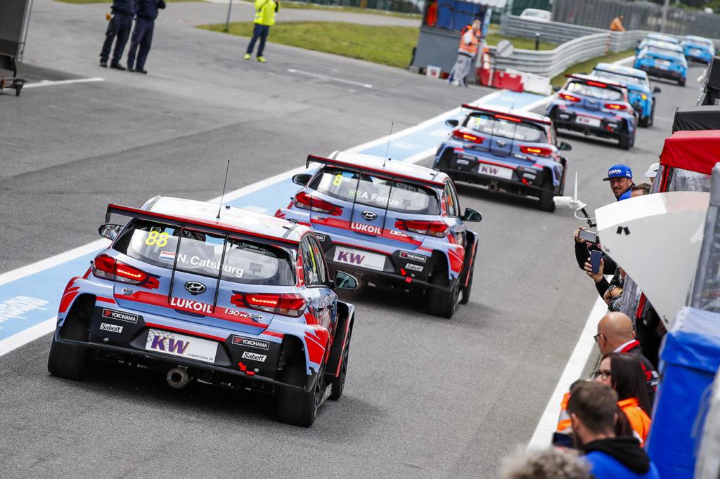 WTCR | BRC Racing Team punta al vertice dopo l'ottimo weekend in Slovacchia