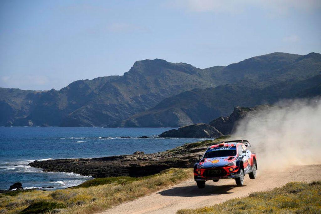 WRC | Clamoroso al Rally Italia Sardegna: Sordo vince l'edizione 2019, Tanak rovina il suo vantaggio