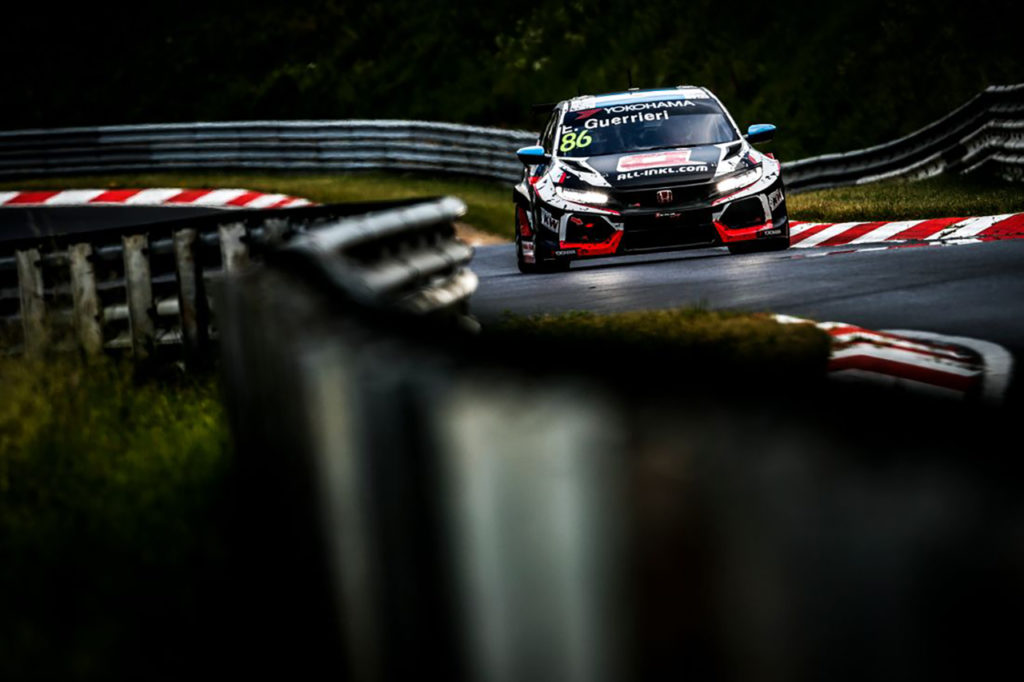WTCR | Race of Germany, Qualifiche 1: Guerrieri in pole grazie al diluvio
