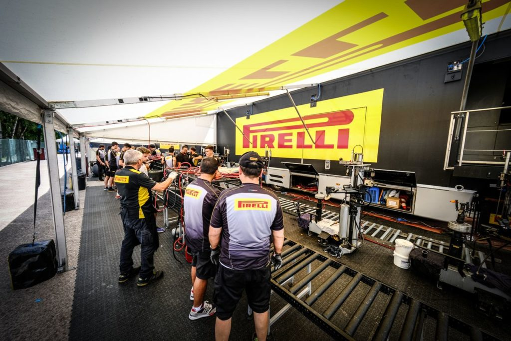 24 Ore Spa, notevole dispiegamento di forze per Pirelli