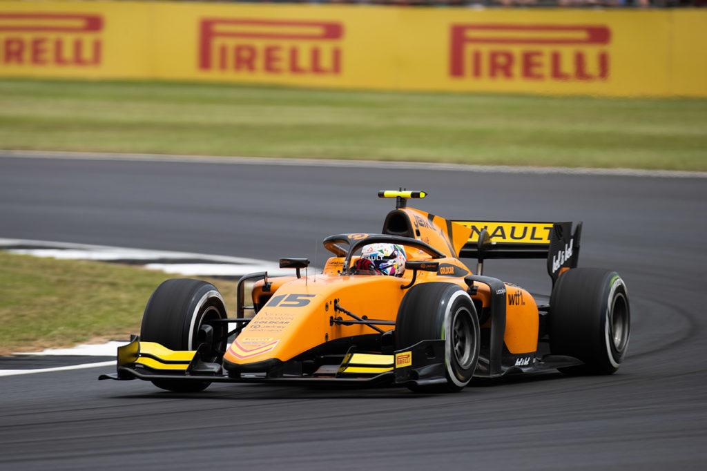FIA F2 | Silverstone, Gara 2: Aitken si sbarazza di Deletraz, de Vries 3°