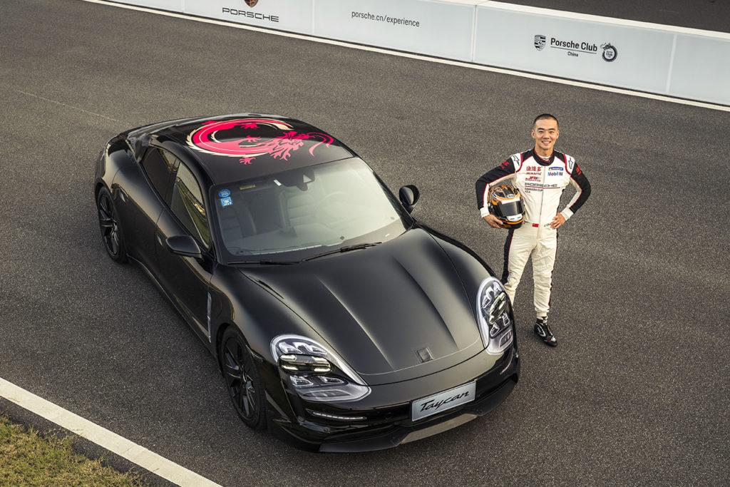 Porsche Taycan: debutto su pista a Shanghai per la prima sportiva elettrica