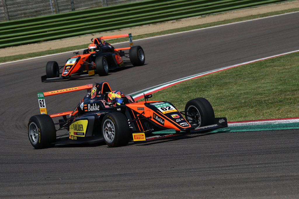 F4 Italia | Imola, Gara 1: Hauger vince e sale in vetta alla classifica
