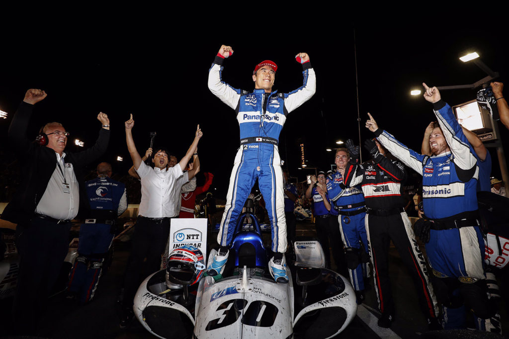 IndyCar | Gateway, Gara: riscatto di Sato, finale da brivido contro Carpenter