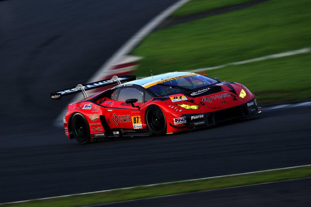 Super GT | Lamborghini conquista il primo successo al Fuji tra le GT300