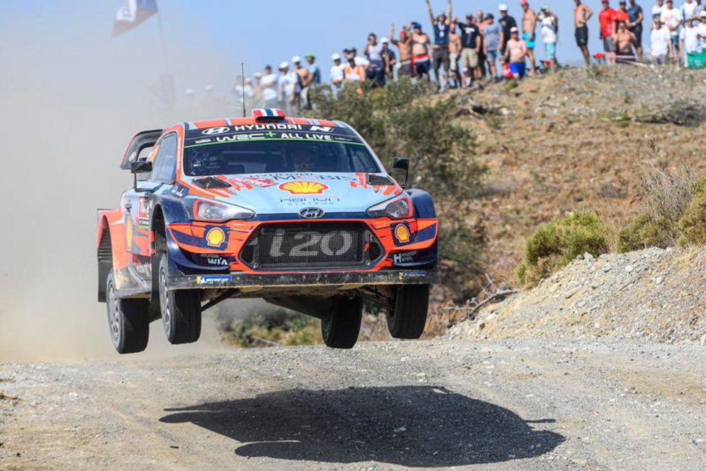 WRC | Mikkelsen sul podio del Rally Turchia, Hyundai resta leader: ma per Neuville un'altra delusione