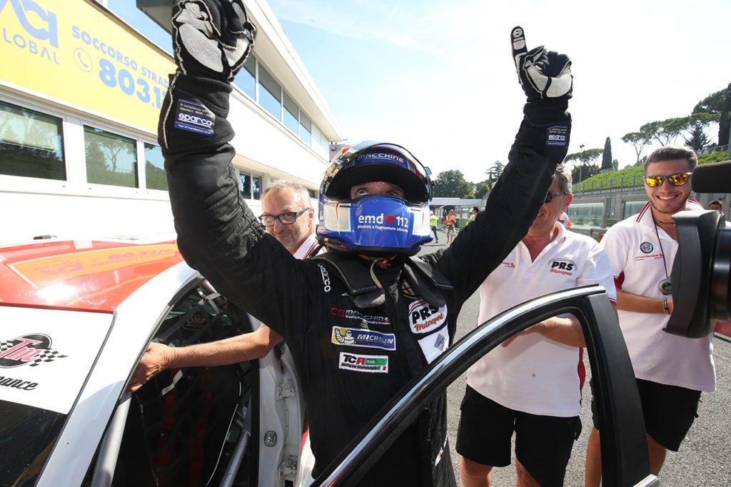 TCR Italy | Vallelunga, Gara 1: prima vittoria stagionale per Mugelli