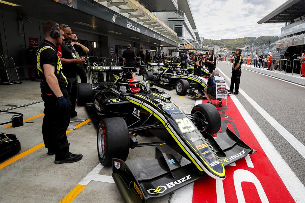 FIA F3 | Novalak e Pourchaire con Carlin nei test di Valencia