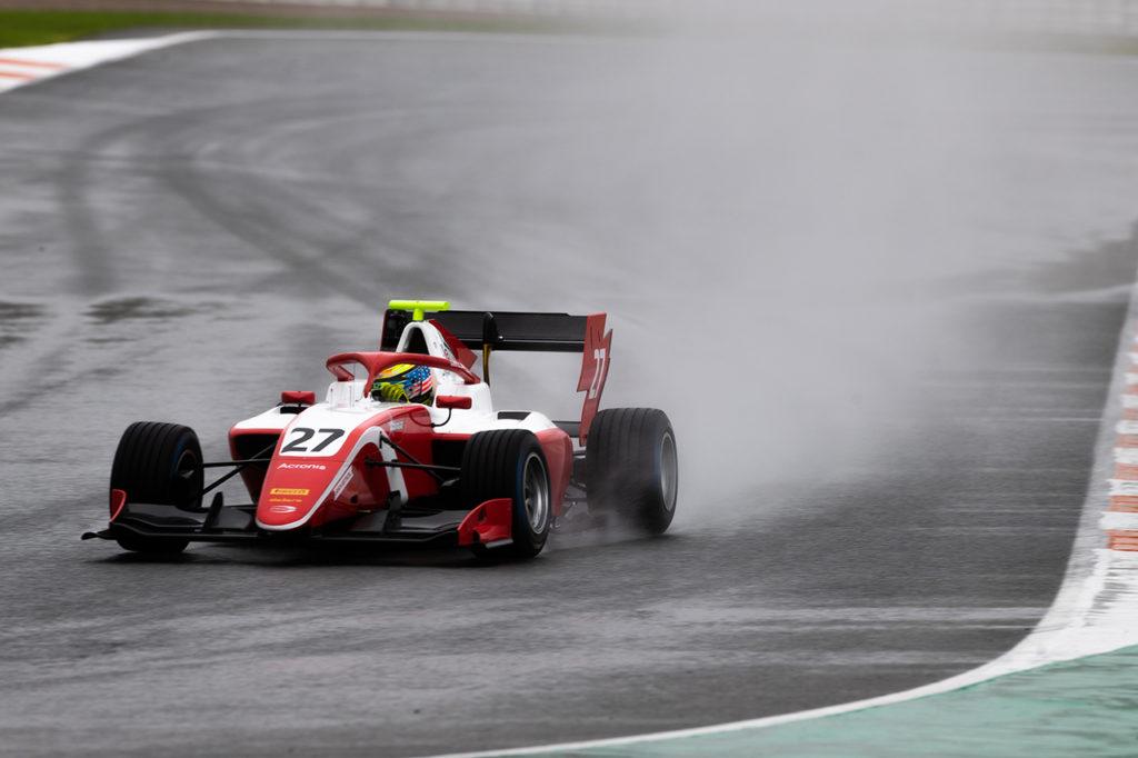 FIA F3 | Test Valencia, Giorno 3: Sargeant chiude col bagnato