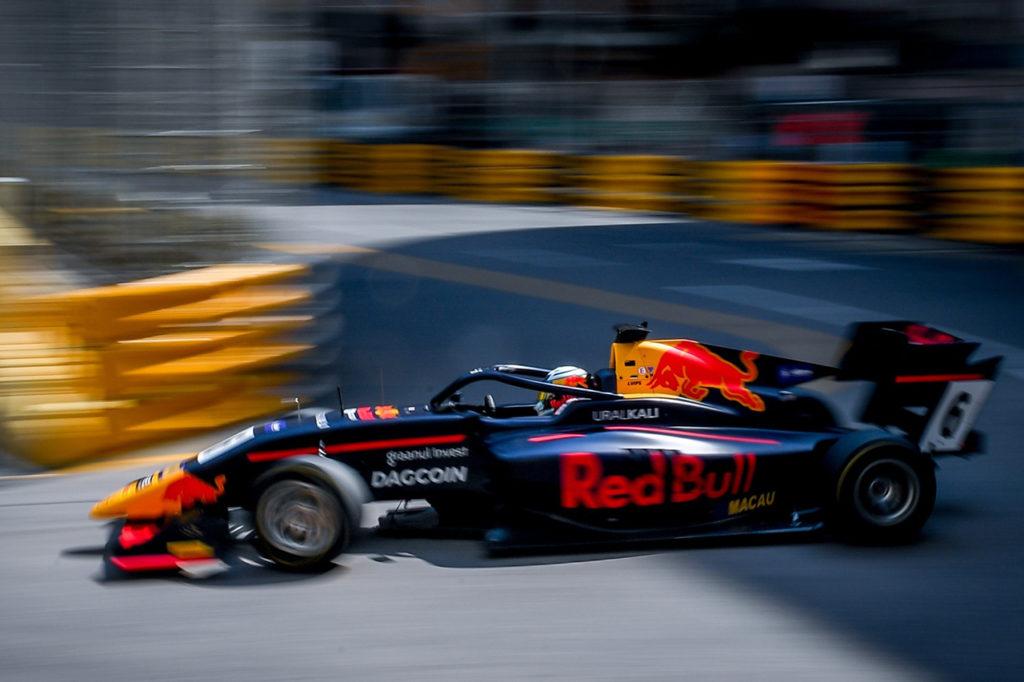 FIA F3 | Macao, Qualification Race: Vips domina, 2° Shwartzman