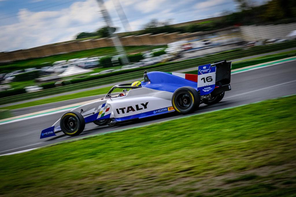 FIA Motorsport Games | F4 Cup, Qualifying Race: vittoria di Rosso [AGGIORNAMENTO]