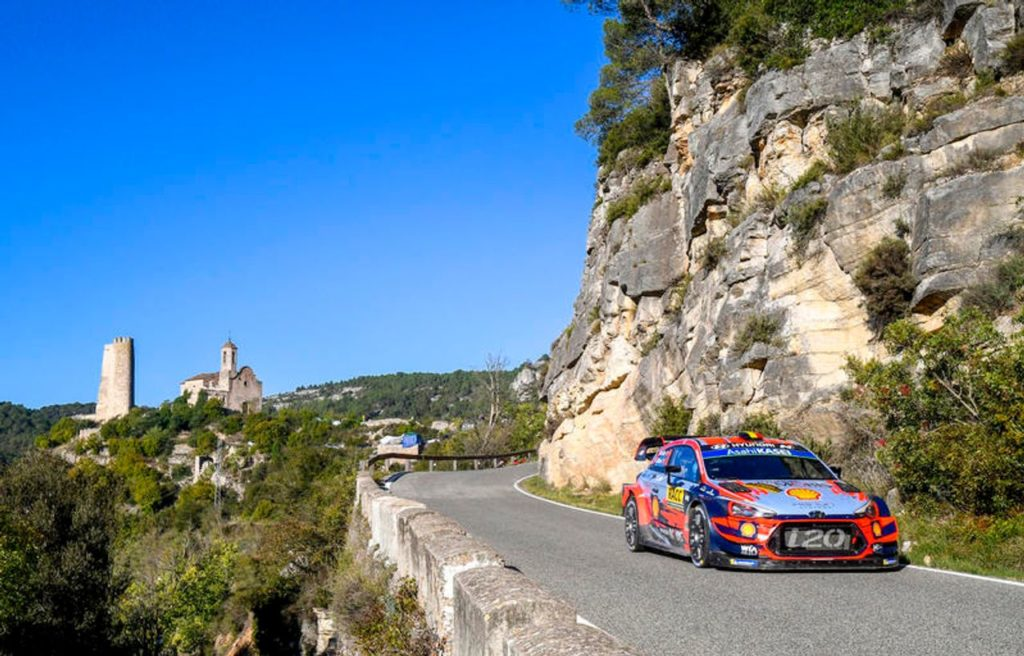 WRC | Hyundai, al vaglio la possibilità di schierare anche la i20 R5? Primi test per Tanak [VIDEO]