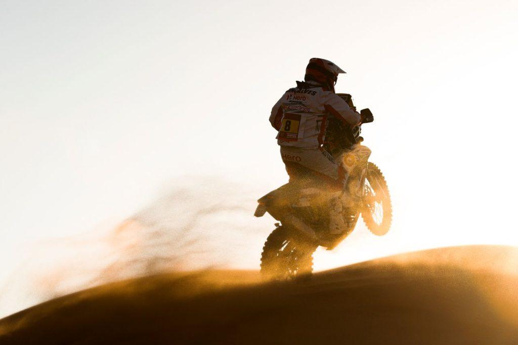 Dakar | Moto, riscritta la classifica di Tappa 7 dopo la scomparsa di Gonçalves: il ricordo dei piloti e istituzioni