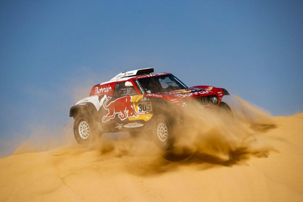 Dakar | Tappa 10 neutralizzata: Sainz allunga il suo vantaggio, si ribalta Alonso [VIDEO]