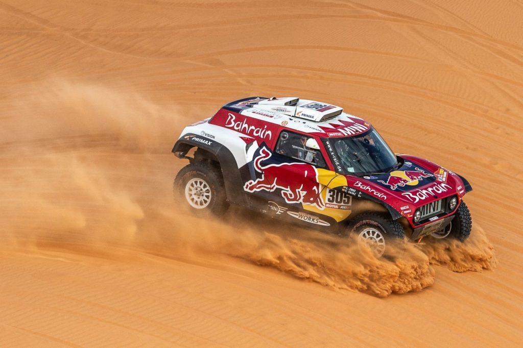 Dakar | Tappa 7, Auto: Carlos Sainz vince ed è sempre più in fuga