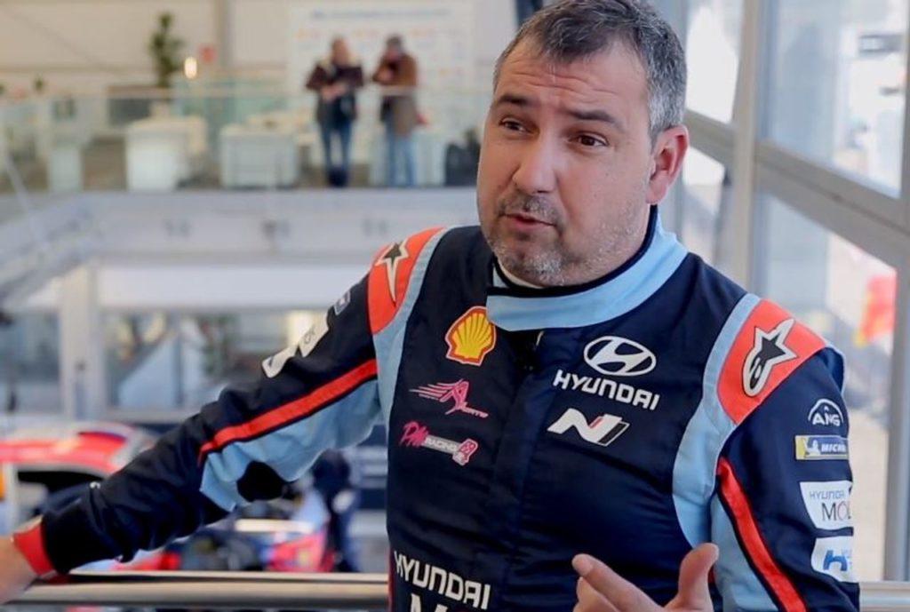 WRC | Giardinaggio, petanque e versioni speciali dello Scarabeo: la quarantena di Daniel Elena