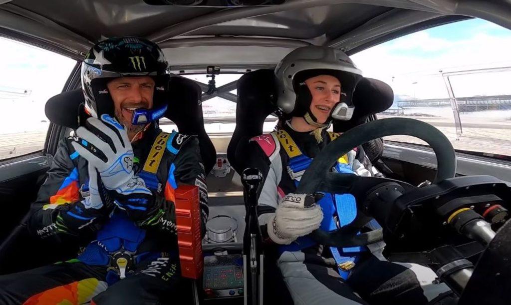 Ken Block e la figlia Lia di 13 anni a lezione di drifting sulla Ford Escort Mk2 [VIDEO]