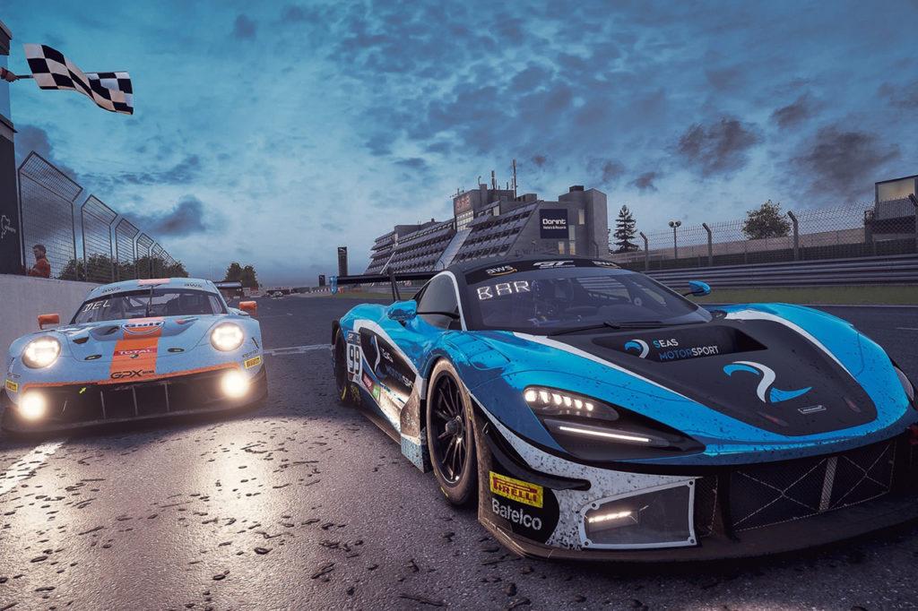 GTWC Europe | SRO E-Sport GT Series, Nurburgring: Barnicoat vince al fotofinish