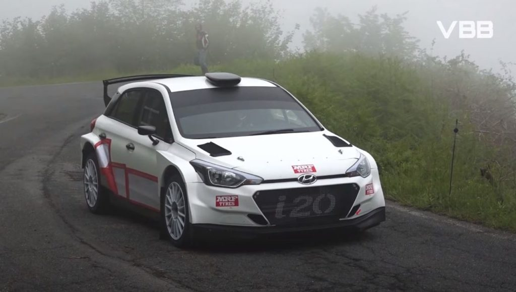 ERC | Craig Breen in Italia per dei test con la Hyundai i20 R5 (grazie ad un viaggio in tir) [VIDEO]
