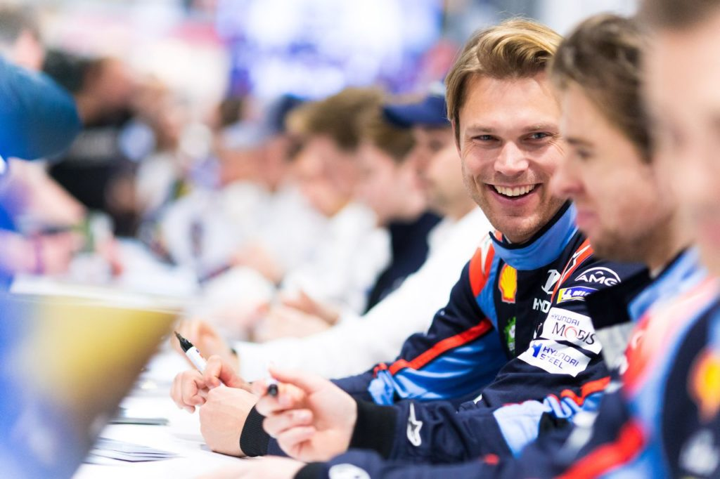 WRC | E Mikkelsen sia: Pirelli ha scelto il suo test driver sulla Citroen C3 WRC [FOTO]