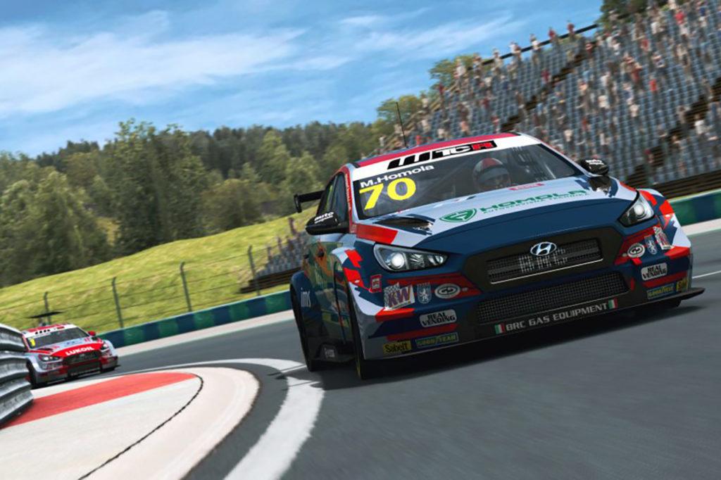 WTCR | Pre-Season Esports: Homola vince con Hyundai in Ungheria e sale al comando