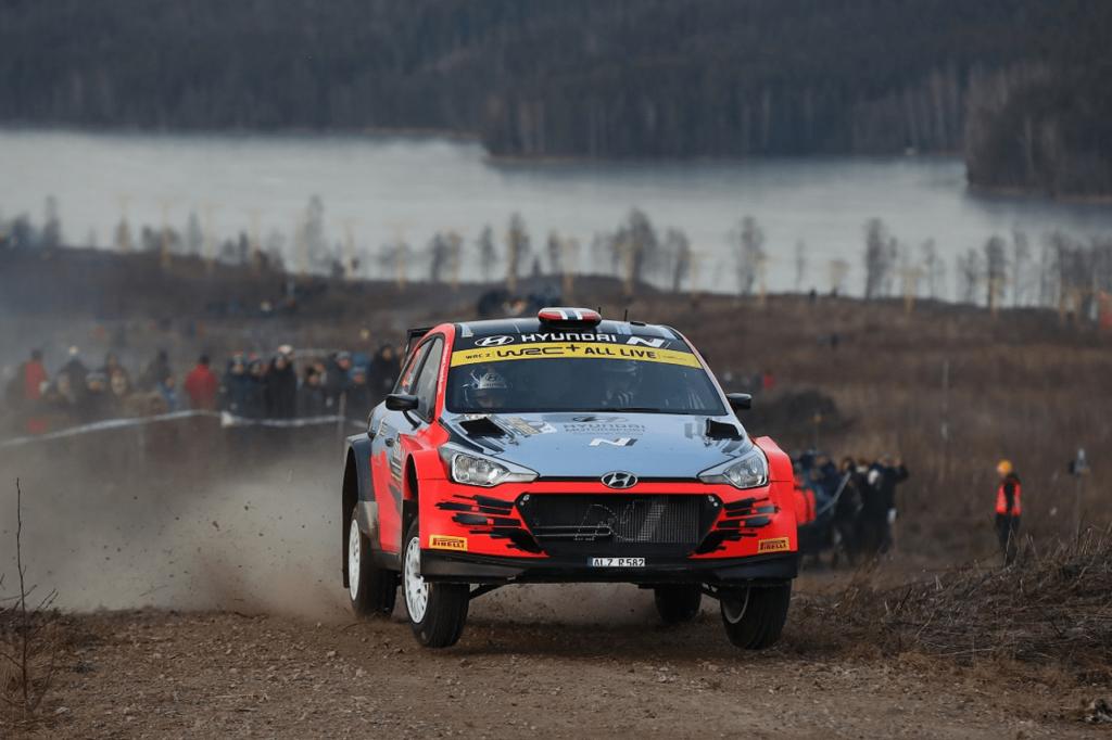 WRC | Hyundai ufficializza Craig Breen per il Rally Estonia. CIWRC, record di i20 al Rally di Alba