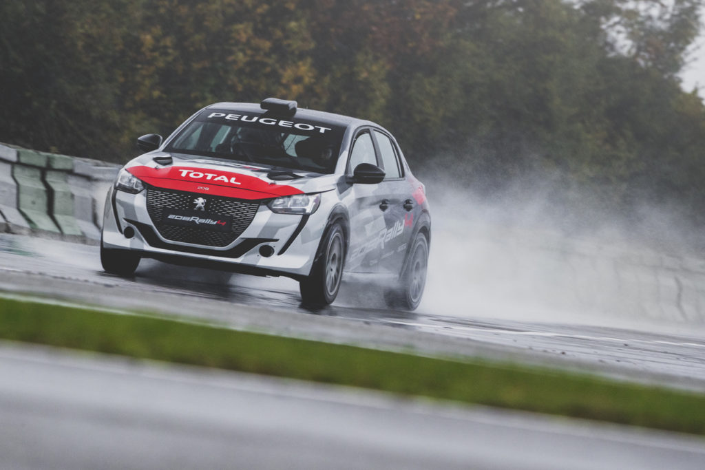 Peugeot 208 Rally4, debutto imminente nelle competizioni europee [VIDEO]