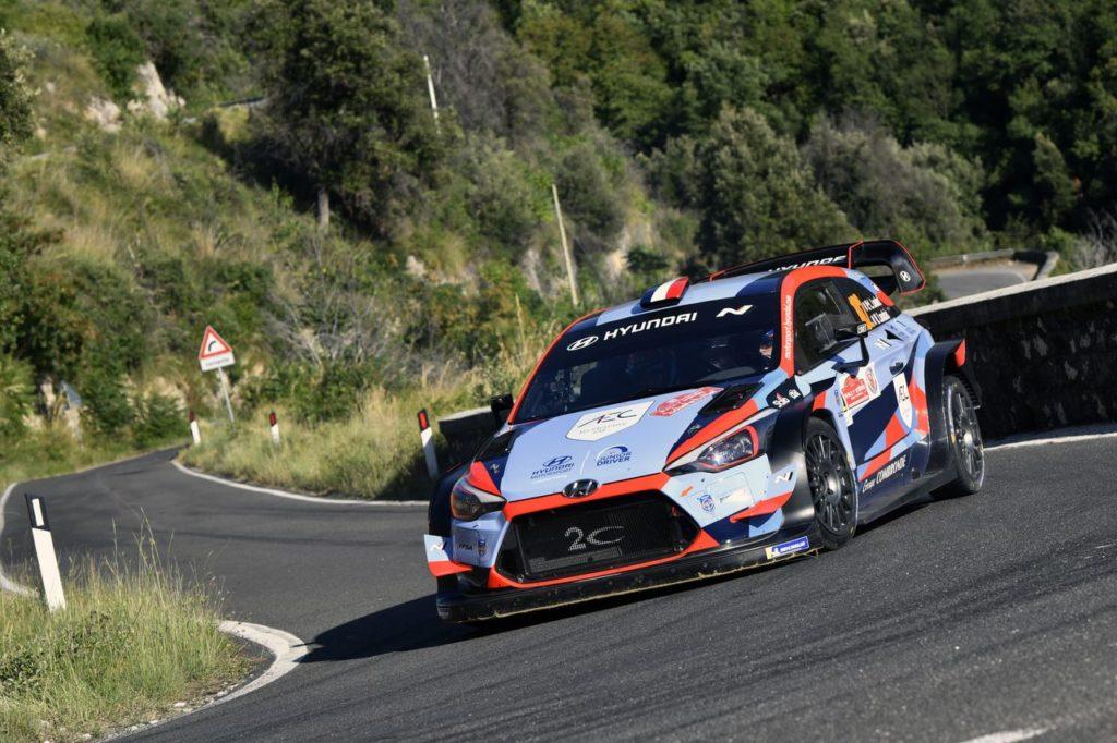 """Pierre Louis Loubet commenta il suo debutto in gara con la Hyundai i20 WRC. Peronnet: """"Non avevamo obiettivi, solo imparare"""""""