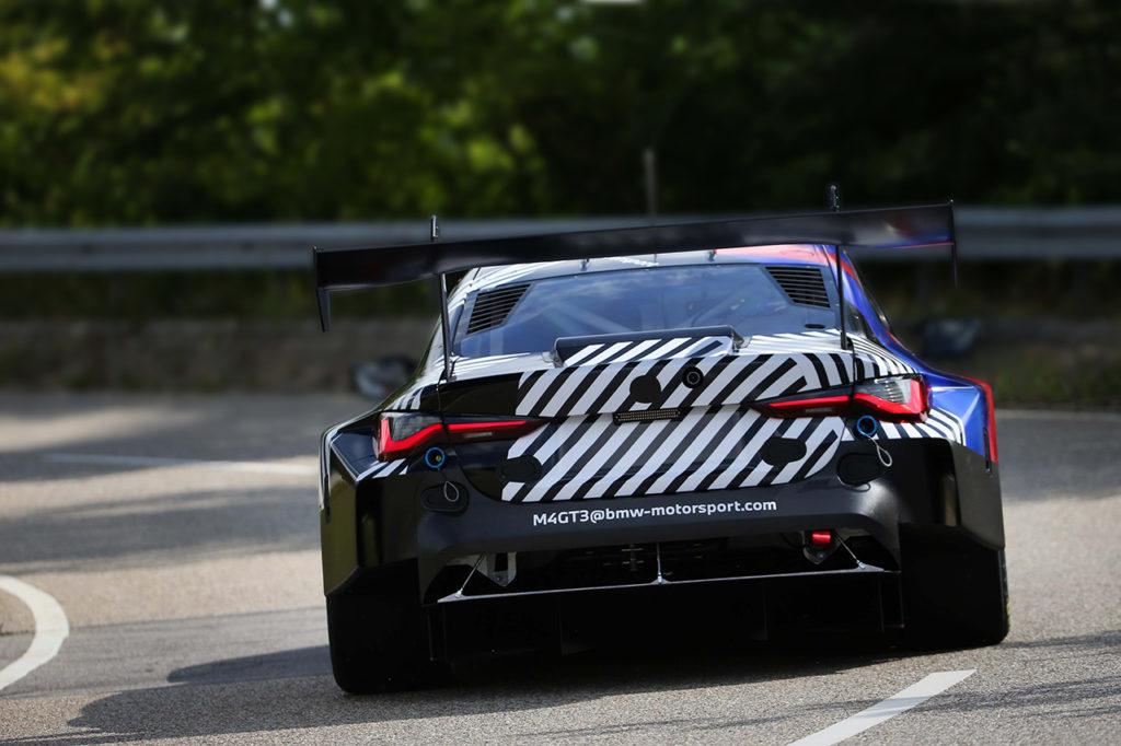 BMW M4 GT3, primo test funzionale in pista con al volante Augusto Farfus