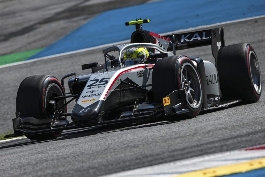 FIA F2 | Budapest, Gara 2: fantastica vittoria d'azzardo (e di fermezza) di Ghiotto