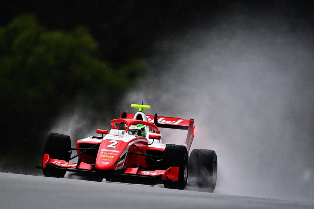 FIA F3 | Spielberg (2), Gara 1: Vesti trionfa nel diluvio, al top Trident