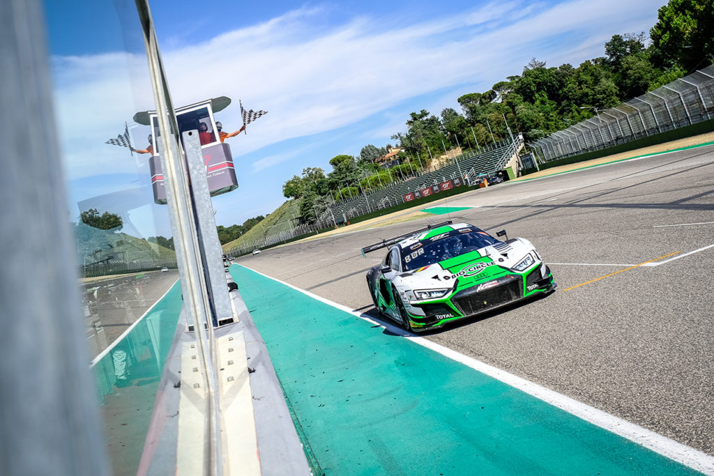 GTWC Europe | 3 Ore di Imola, Gara: Audi sugli scudi con van der Linde-Bortolotti-Vaxiviere