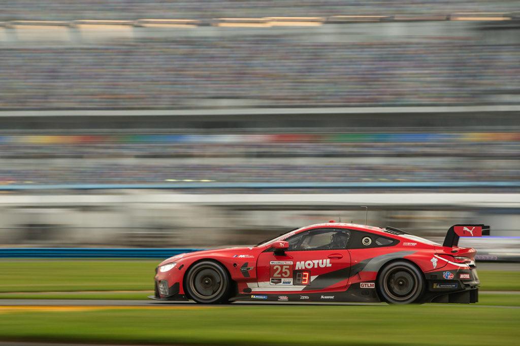 IMSA | Poca fortuna e tanti problemi per BMW nel ritorno in pista a Daytona