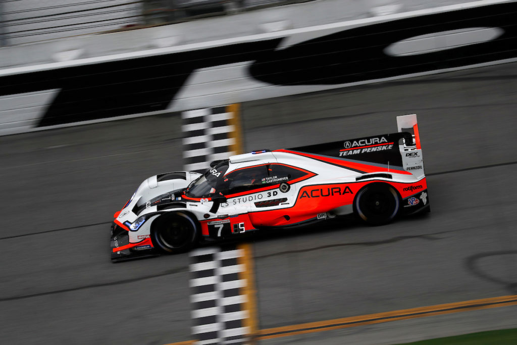 IMSA | Daytona, Qualifiche: Team Penske davanti a tutti con Castroneves, insegue Mazda