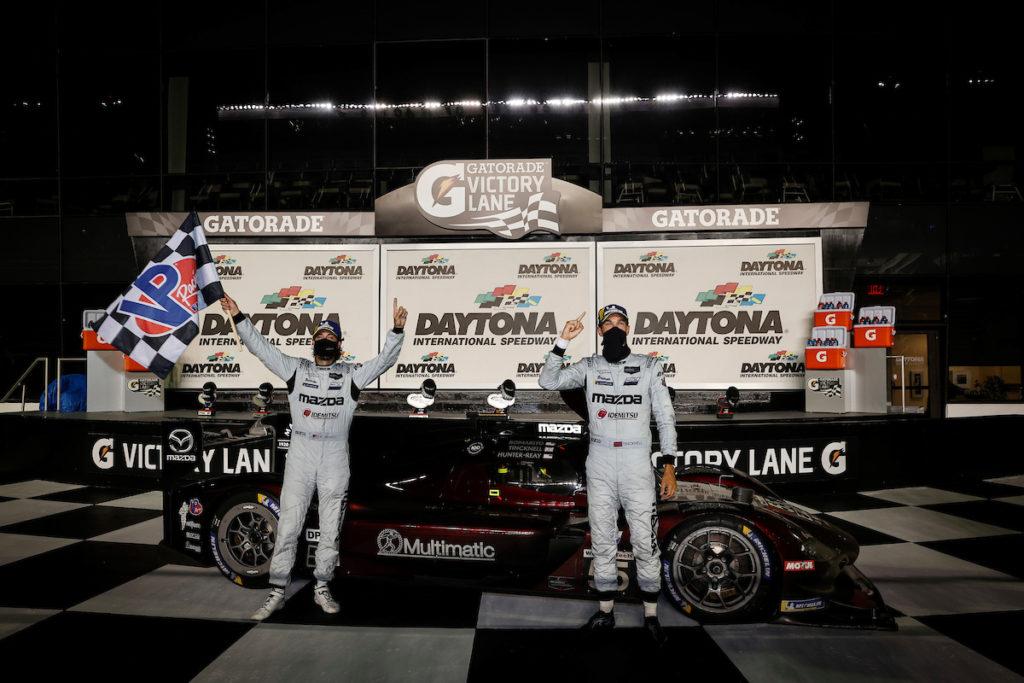 IMSA | Daytona, Gara: Tincknell e Bomarito guidano la doppietta Mazda