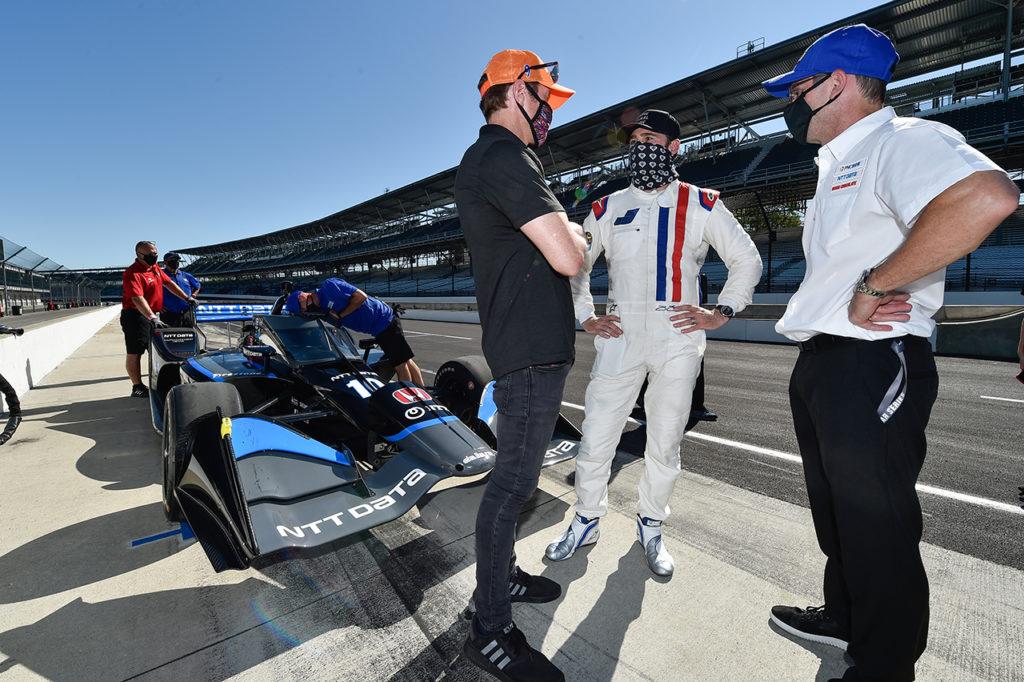 IndyCar | Primo test completato per Johnson con la vettura di Ganassi a Indianapolis