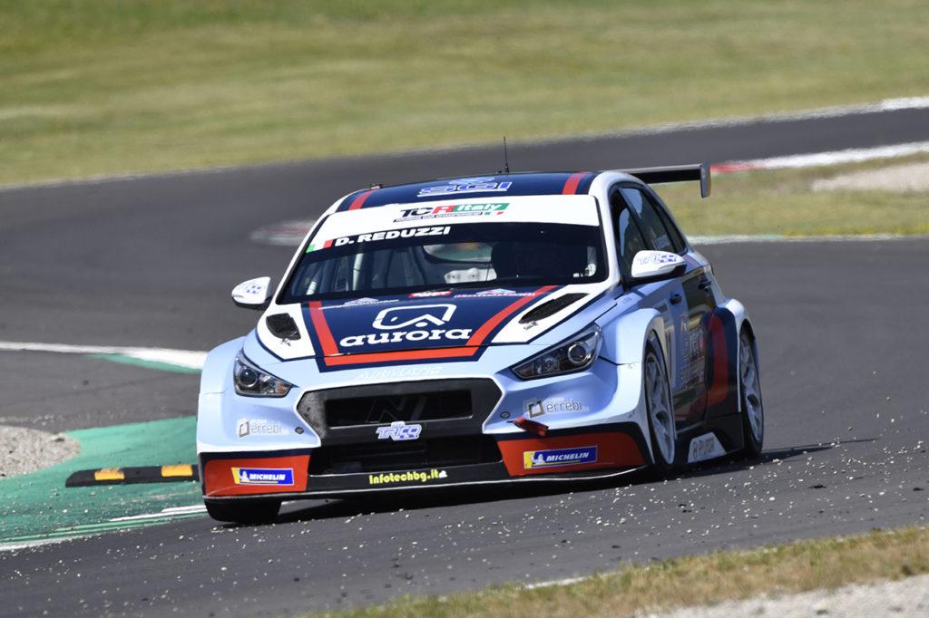TCR Italy | Mugello, Gara 2: vittoria di Reduzzi con la Hyundai di Trico WRT