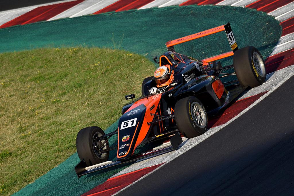 F4 Italia | Misano, Gara 3: prima firma di Pizzi con Van Amersfoort Racing