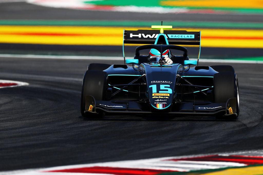 FIA F3 | Barcellona, Gara 1: Hughes vince con merito, Lawson precede Sargeant