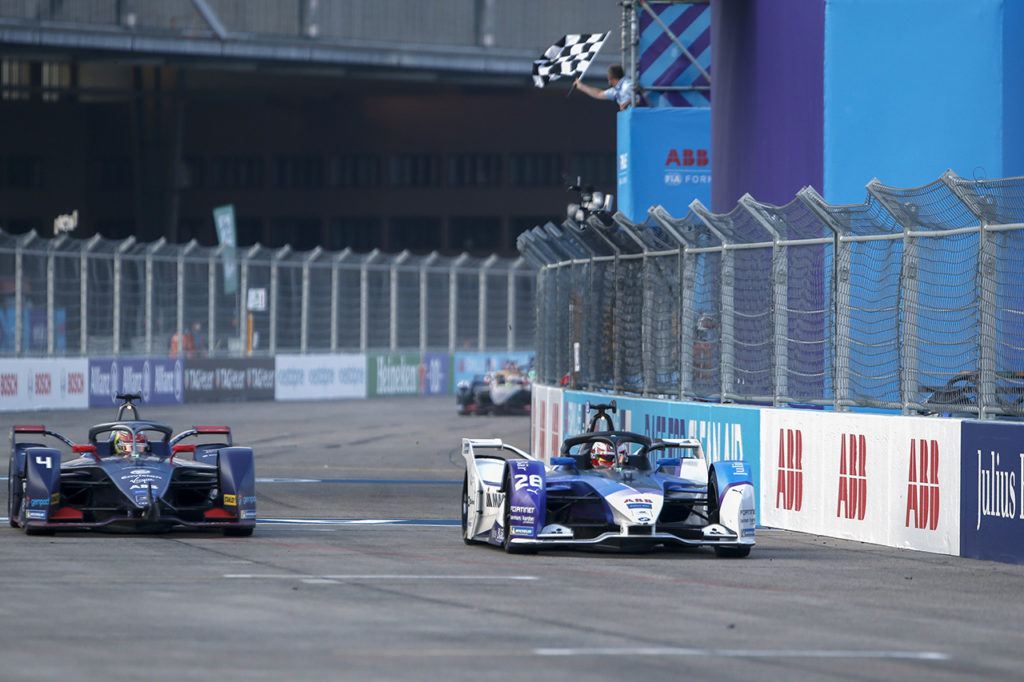 Formula E | Berlino ePrix II, Gara 1: Guenther vince d'un soffio su Frijns