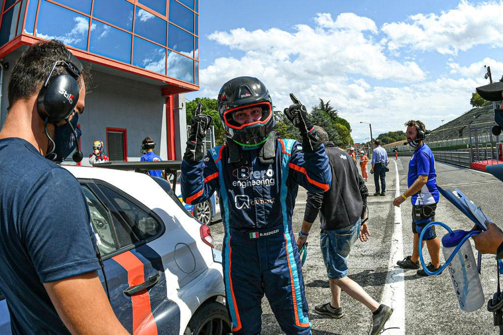 TCR Italy | Imola, Gara 2: Reduzzi s'impone davanti a Tavano, Stefanovski sul podio