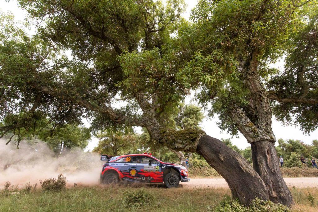 WRC | Rally Italia Sardegna, i team si preparano con i test nell'isola [VIDEO]