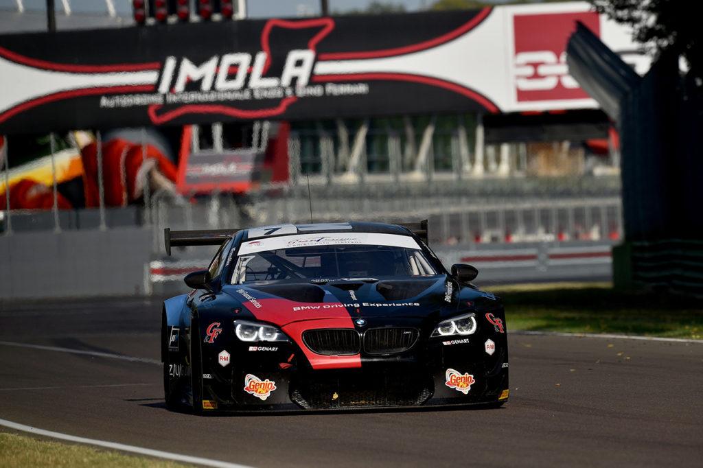 CIGT | Quarto posto assoluto per il BMW Team Italia a Imola, podio tra le GT4