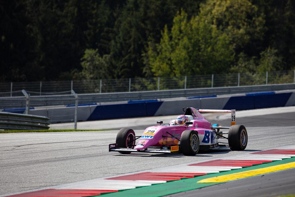 F4 Italia | Spielberg, Gara 1: Duerksen gestisce e vince con Muecke, Minì 2°