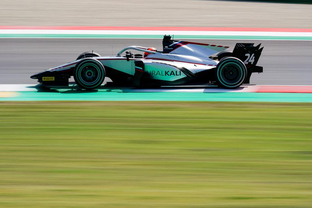 FIA F2 | Mugello, Gara 1: Mazepin vince in un finale pazzo con Hitech GP