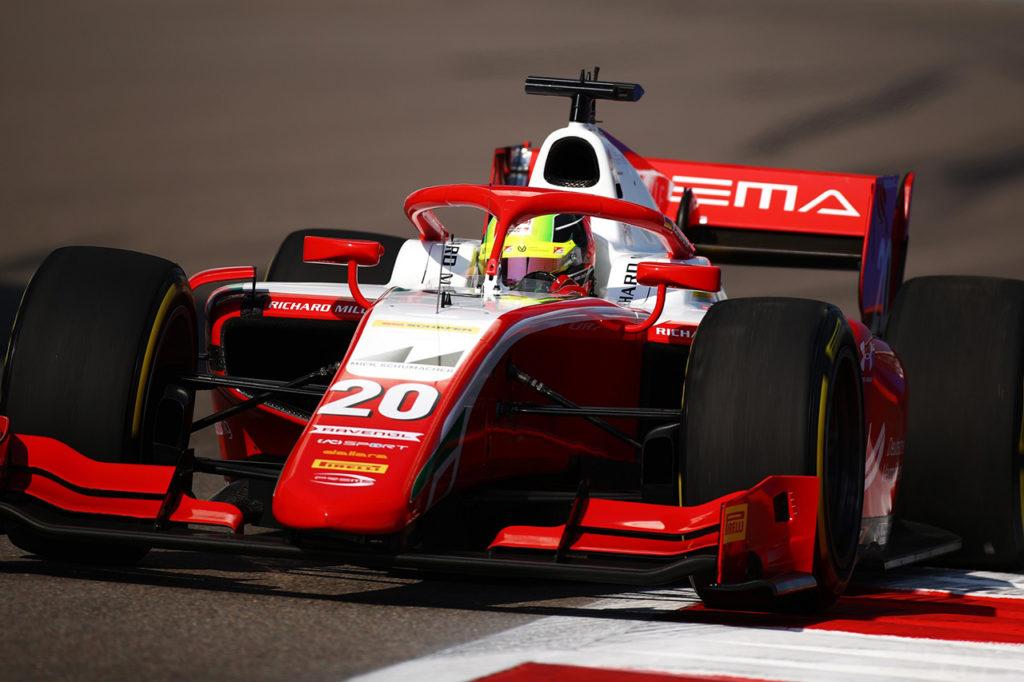 FIA F2   Sochi, Gara 1: Schumacher sempre più vicino al titolo, Tsunoda e Ilott sul podio