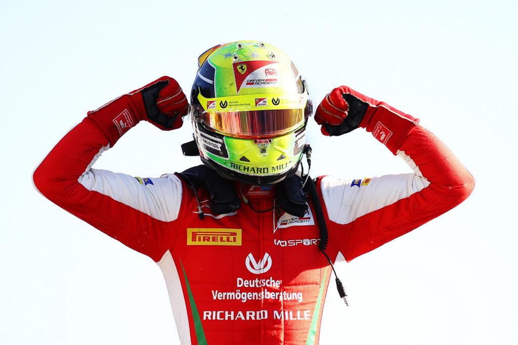 FIA F2 | Monza, Gara 1: prima vittoria stagionale di Schumacher, passo falso di Ilott
